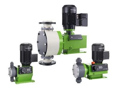 1370Grundfos DMX mechanical diaphragm dosing pump-centro